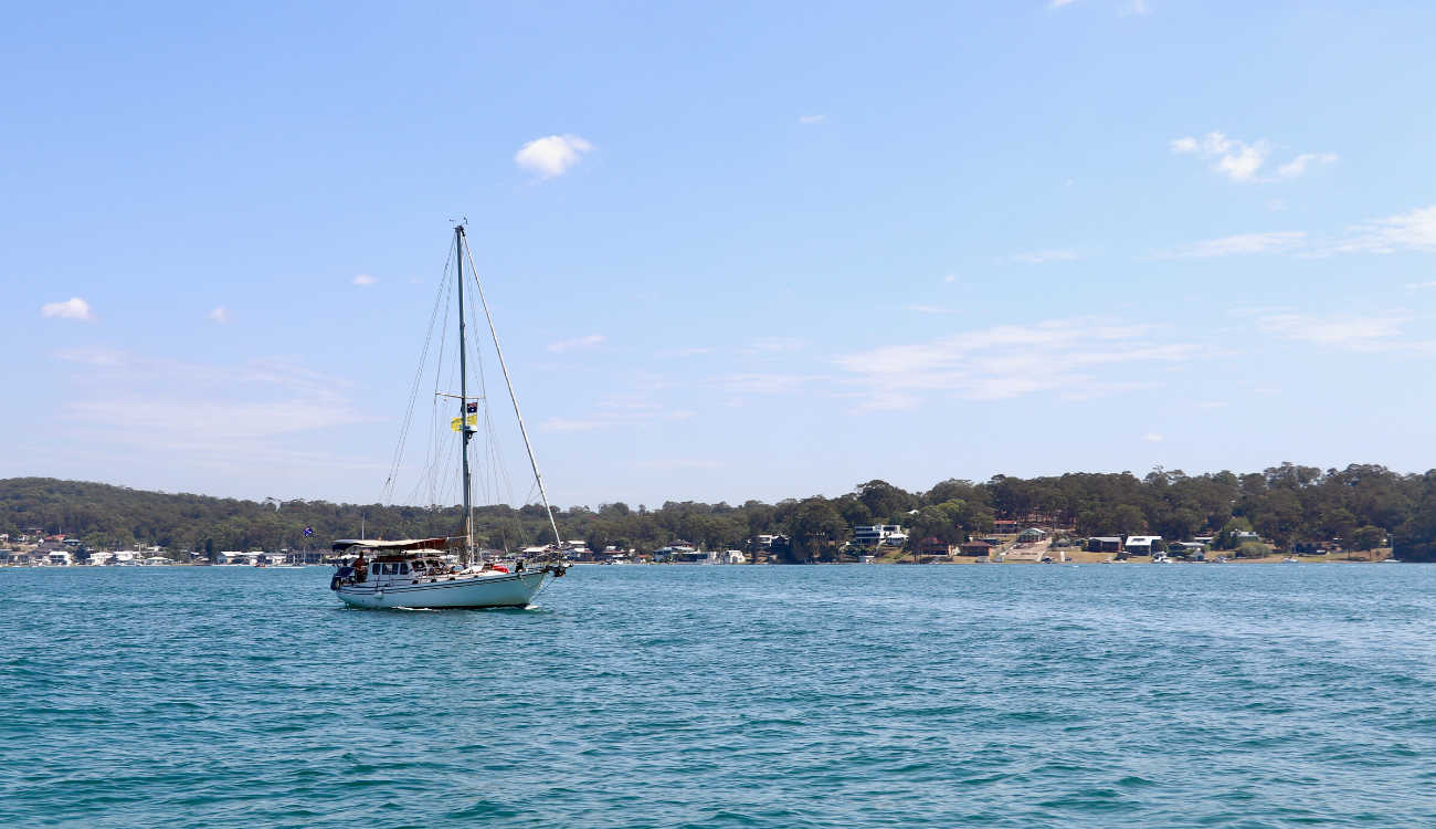 Sailing on Lake Macquarie