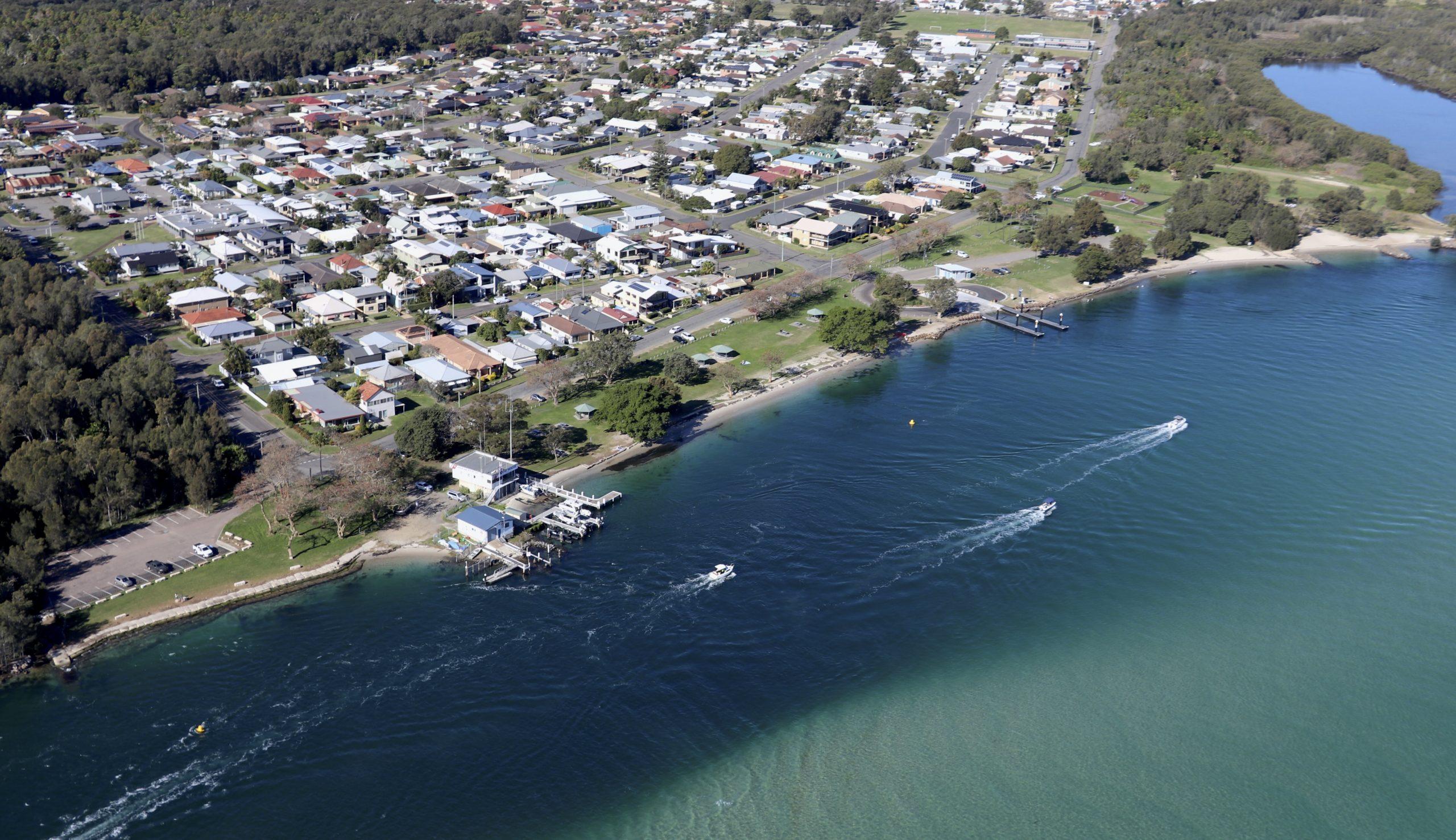 Pelican Foreshore Lake Macquarie